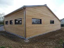 Atelier municipal à Bois d'Ennebourg 76160 par Caroline Thibault architecte